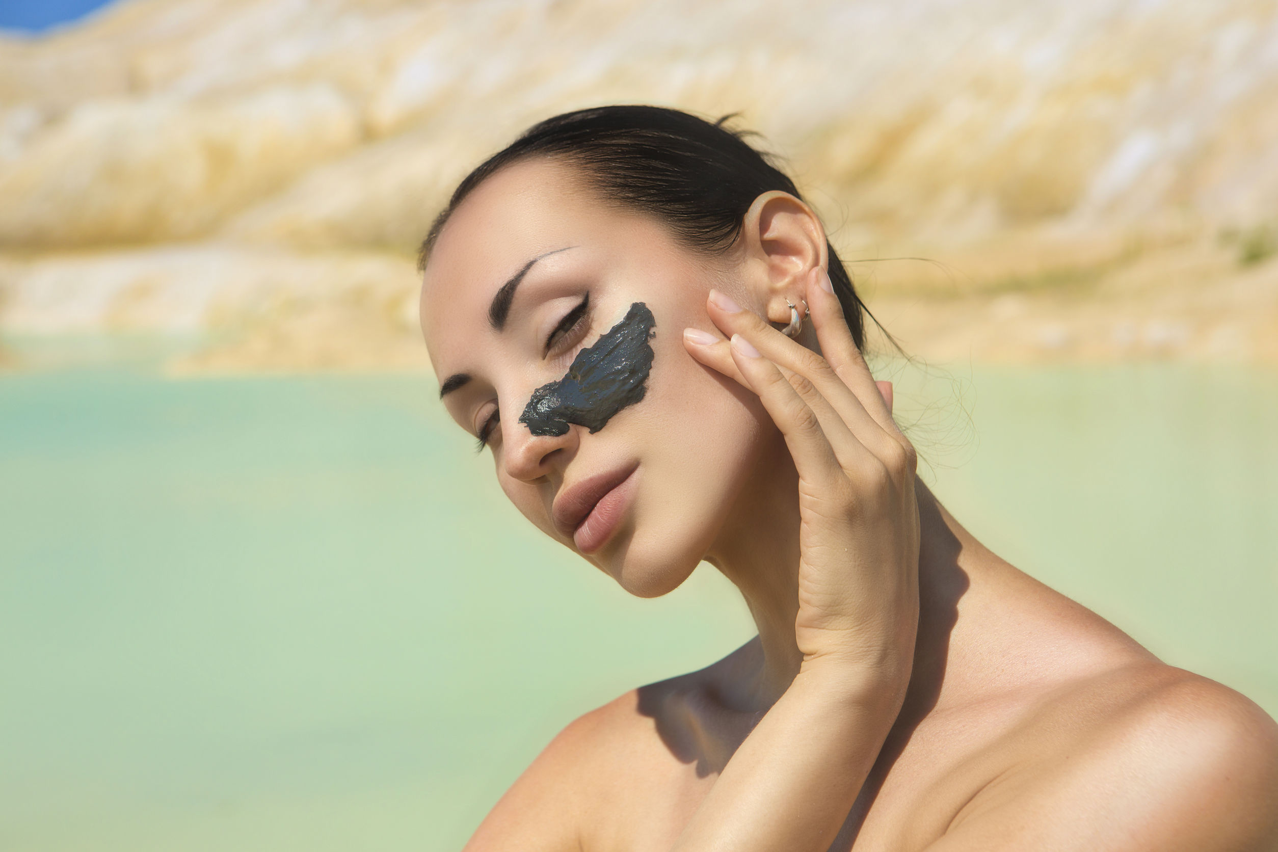 Carbon Activated Charcoal for Skin Improvement